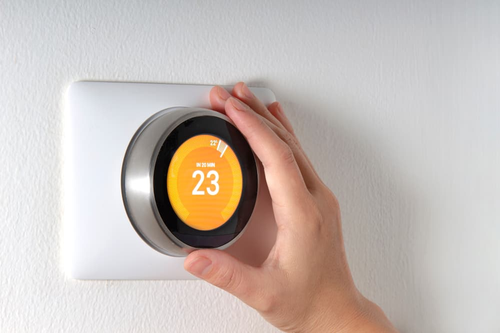 Thermostat Short Cycling: Why is My Furnace Turning On and Off